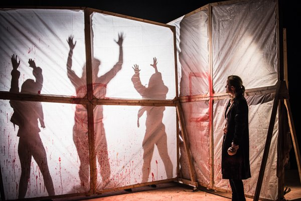 Titus Andronicus: an all-female production (photo by Daniel Harris)